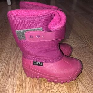 Tundra Shoes - Pink Winter Boots